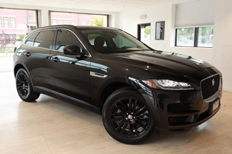 Used 2018 Jaguar F-PACE 25t Prestige for sale $33,900 at Aston Martin Summit in Summit NJ